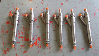 Allis Chalmers 25000 fuel injectors